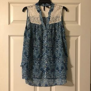 Blue paisley print top with white lace trim